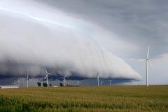 Shelf cloud - northern Illinois. Wind turbines under an ominous shelf cloud in northern Illinois Royalty Free Stock Image