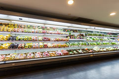 Shelf with fruits in supermarket Royalty Free Stock Images
