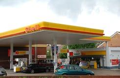 Shell benzinebenzinestation royalty-vrije stock foto