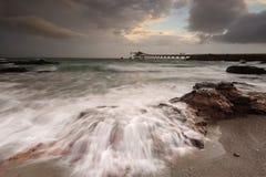 Shell Cove-stromen op een stormachtige dag stock foto