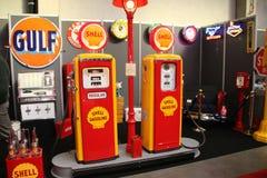 Shell dystrybutory paliwowa Obrazy Stock