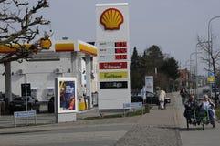 Shell Gas Station Arkivfoto