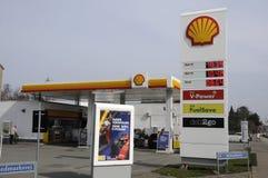 Shell Gas Station Fotografering för Bildbyråer
