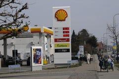 Shell Gas Station Royaltyfri Fotografi