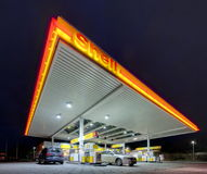 Shell gas station. HANNOVER, GERMANY -JANUARY 16, 2015: Shell gas station at night in Hannover, Germany royalty free stock images