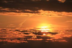 Shell Island, la Florida chillaxing broncea tomar el sol puesta del sol fotos de archivo
