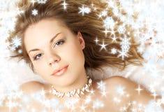 Shell-meisje met sneeuwvlokken Royalty-vrije Stock Foto