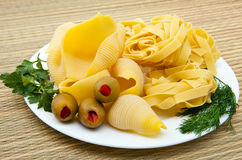 shell pasta on a plate, with fennel, parsley Royalty Free Stock Photos