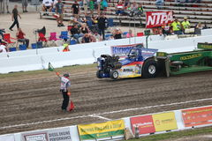 Shell Rotella Mini Modified Pulling traktor royaltyfria bilder