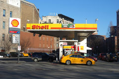 Shell Station Stock Afbeeldingen
