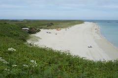Shell strand på ön av hermen Arkivbilder