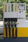 Shell-Tankstellepumpen stockfoto