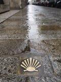 Shell van de pelgrim de manier van Santiago DE Compostela. Stock Foto's