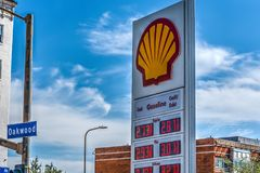 Shell wycenia billboard w Oakwood alei Fotografia Stock