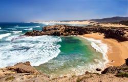 Shelly plaża przy Kenton na morzu w Południowa Afryka Obraz Stock