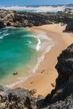 Shelly plaża przy Kenton na morzu w Południowa Afryka Obrazy Royalty Free