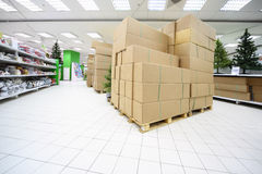 Free Shelves With Artificial Christmas Tree, Souvenirs Stock Photo - 20917740