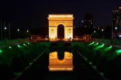 Shen Zhen Windows av världen i Kina på natten Royaltyfria Bilder