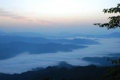 Shengtangshan Dämmerung lizenzfreie abbildung