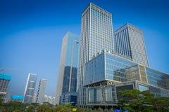 SHENZEN, CHINA - 29 DE JANEIRO DE 2017: Ruas do centro urbano e sorroundings da vizinhança de Nan Shan, mistura espetacular de Imagens de Stock Royalty Free