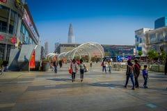 SHENZEN, CHINA - 29. JANUAR 2017: Innenstadtstraßen und sorroundings von Nan Shan-Nachbarschaft, großartige Mischung von Lizenzfreie Stockbilder