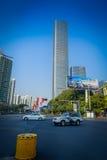 SHENZEN, CHINA - 29. JANUAR 2017: Nan Shan-Nachbarschaft, Innenstadtstraßen und sorroundings, schöne Mischung des Grüns Stockfotografie