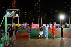 Shenzhen, Κίνα: γήπεδο μπάσκετ τοπίων νύχτας Στοκ εικόνες με δικαίωμα ελεύθερης χρήσης