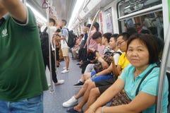 Shenzhen, Κίνα: Η γραμμή 11 μετρό άνοιξε τις διαδικασίες Στοκ Εικόνες