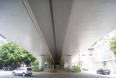 Shenzhen, Κίνα: κάτω από την κυκλοφορία οδογεφυρών Στοκ εικόνα με δικαίωμα ελεύθερης χρήσης