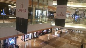 Shenzhen, Κίνα: το εσωτερικό τοπίο του plaza αγορών Στοκ Εικόνα
