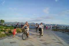 Shenzhen, China: beach and tourists Royalty Free Stock Photos