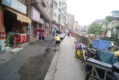 Shenzhen, China: cleaning the streets Royalty Free Stock Images