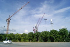 Shenzhen, China: the construction site of the tower crane Royalty Free Stock Photos