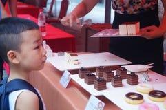 Shenzhen, China: de bevorderingsactiviteiten van het cakemerk Stock Afbeelding