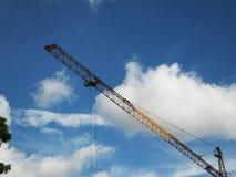 Shenzhen, China: de bouw en voltooiing van woningbouw stock afbeeldingen