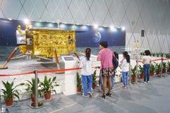 Shenzhen, China: De Chinese Maanactiviteiten van de de Voorlichtingsweek van de Onderzoeksprogrammawetenschap royalty-vrije stock fotografie