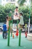 Shenzhen, China: de kinderen spelen in het park Royalty-vrije Stock Foto