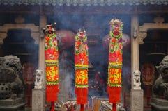 Shenzhen, China: der Tempel, zum des Weihrauchs zu brennen, um anzubeten Lizenzfreies Stockbild