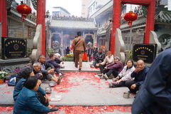 Shenzhen, China: in the gate of the temple are beggars Stock Photos