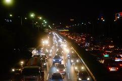 Shenzhen, China: het verkeerslandschap van Nationale Weg 107 bij nacht Royalty-vrije Stock Foto's
