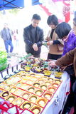 Shenzhen China: kies en koop jade Stock Afbeeldingen