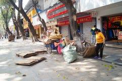 Shenzhen, China: la adquisición de la basura Fotografía de archivo libre de regalías