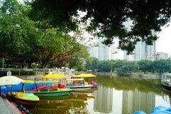 Shenzhen, China: lagos e paisagem do iate Imagem de Stock Royalty Free