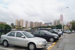 Shenzhen, China: o tráfego da vila na cidade Fotografia de Stock Royalty Free
