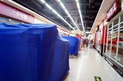 Shenzhen, China: Oudejaarsavond, vroeg gesloten winkels Royalty-vrije Stock Afbeeldingen
