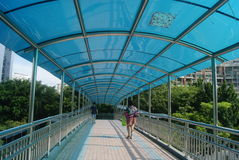 Shenzhen, China: pedestrian bridge Stock Image