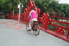 Shenzhen, China: pedestrian bridge Royalty Free Stock Photos