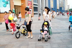 Shenzhen, China: people shopping square Royalty Free Stock Images