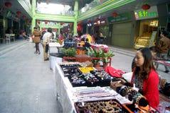 Shenzhen, China: pequeño mercado comercial Fotografía de archivo