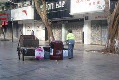 Shenzhen, China: sanitation workers Stock Photos